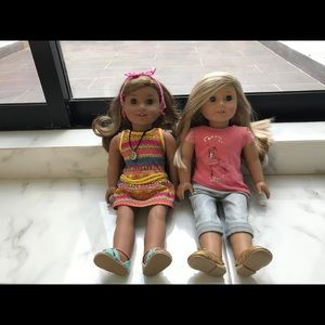 Lea & Isabel (American Girl Doll) -Full size